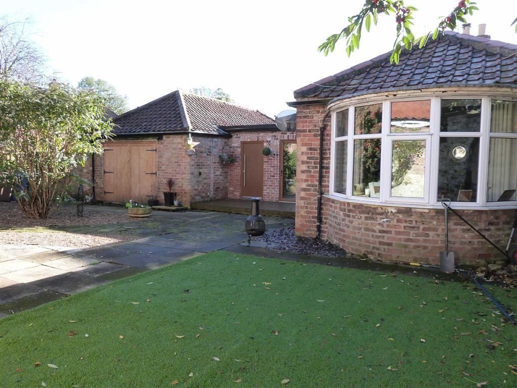 4 Bedrooms Detached House for sale in Beech Court, Pocklington