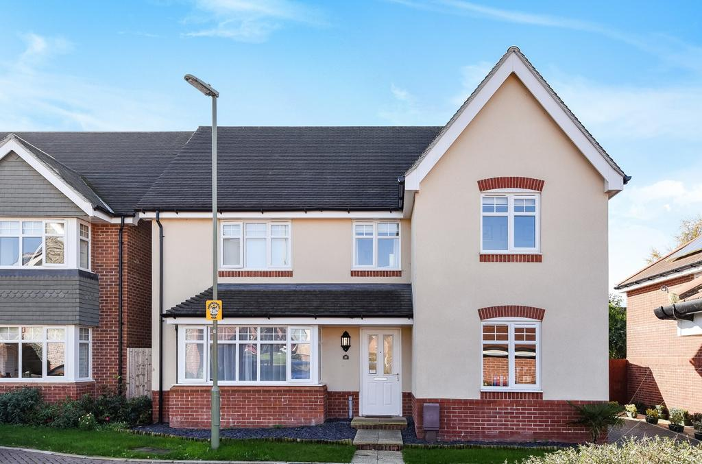 5 Bedrooms Detached House for sale in Lowton Gardens, Clanfield, PO8