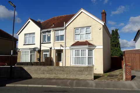 3 bedroom semi-detached house for sale - Stanton Road, Regents Park, Southampton