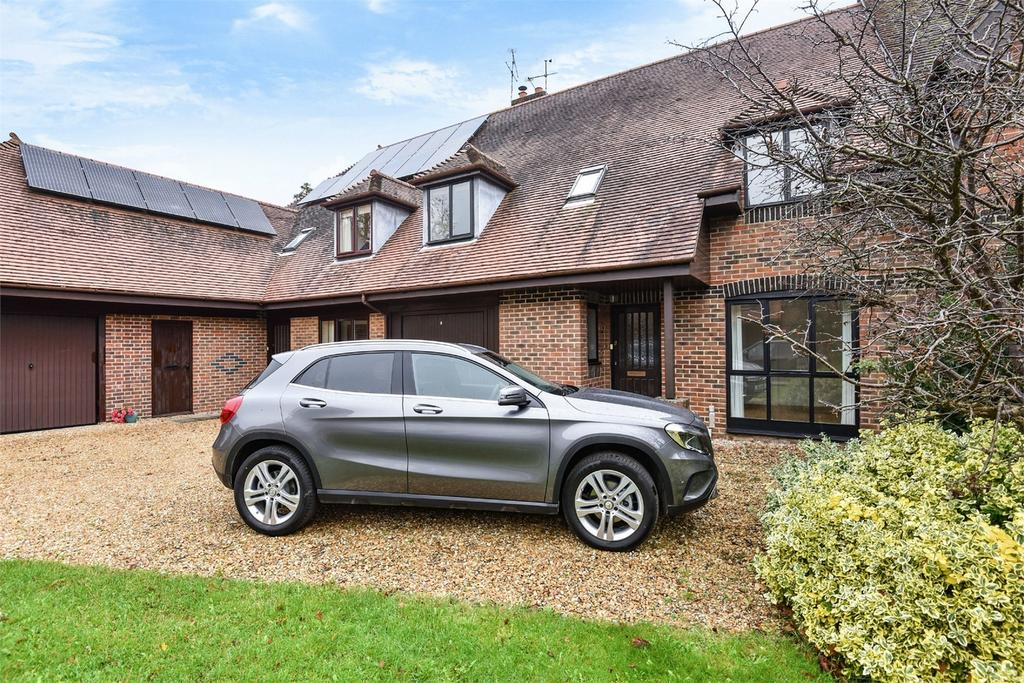 4 Bedrooms Terraced House for sale in Alresford, Hampshire