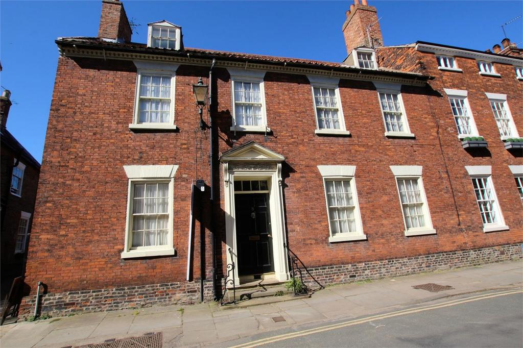 7 Bedrooms Semi Detached House for sale in Newbegin, Beverley, East Riding of Yorkshire