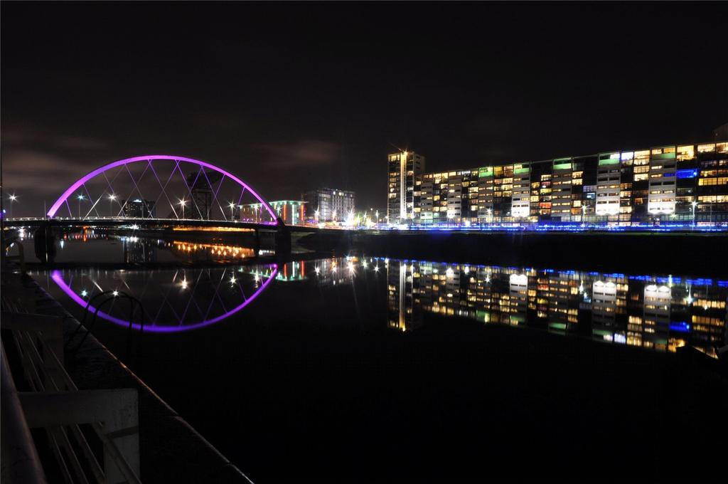 2 Bedrooms Flat for sale in Flat 2/1, 110 Lancefield Quay, Finnieston, Glasgow, G3