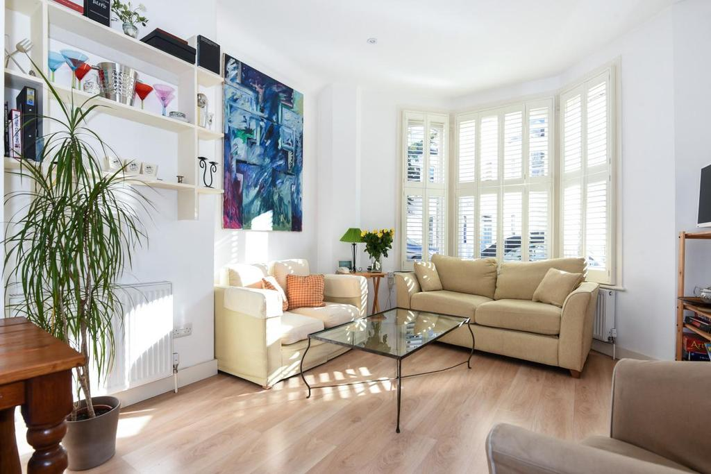 2 Bedrooms Flat for sale in Shorrolds Road, Fulham