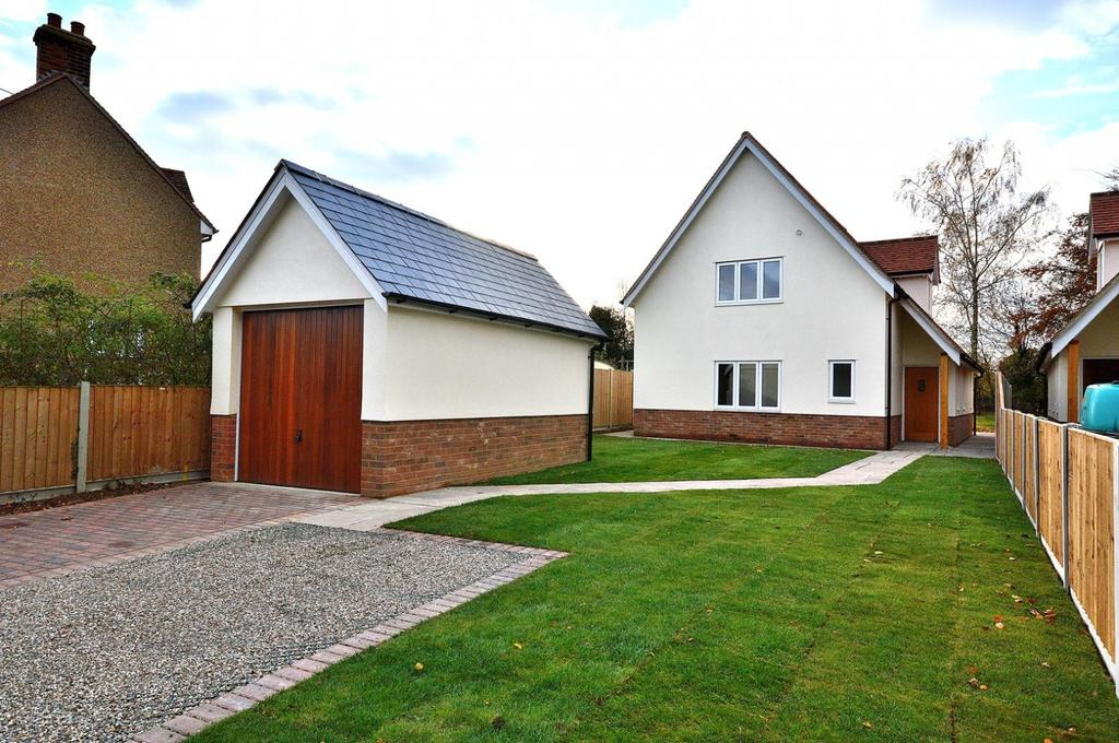 4 Bedrooms Detached House for sale in Post Office Road, Woodham Mortimer, Essex, CM9