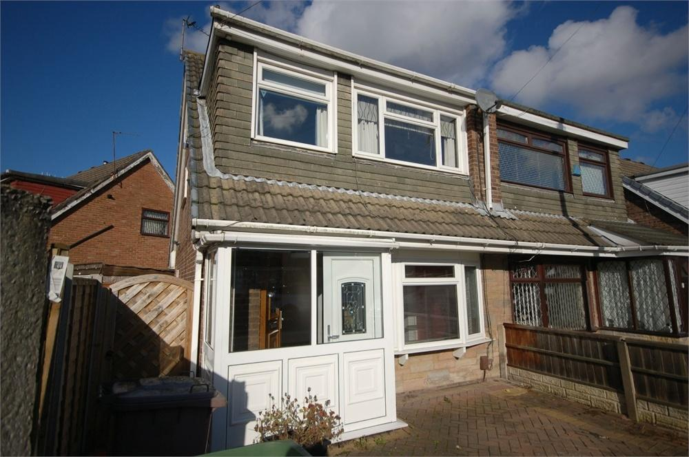 3 Bedrooms Semi Detached House for sale in Chestnut Avenue, Haydock, St Helens, Merseyside