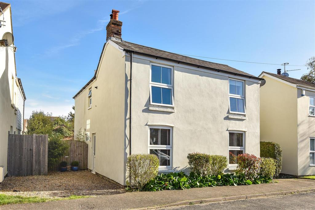 4 Bedrooms Detached House for sale in The Avenue, Hambrook