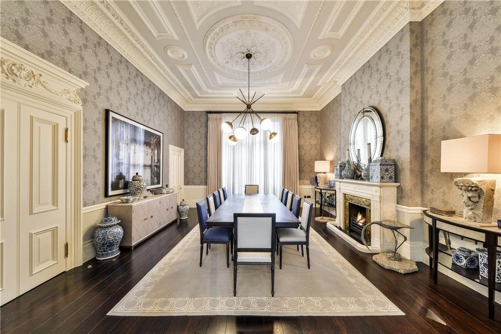 5 Bedrooms Flat for sale in Queen's Gate Gardens, South Kensington, London, SW7