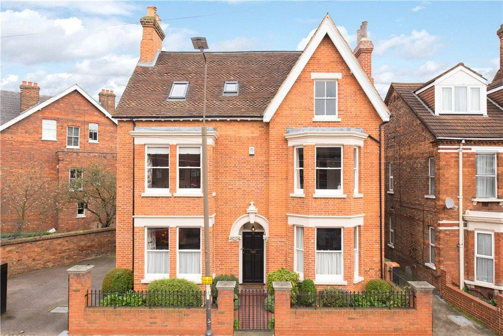6 Bedrooms Unique Property for sale in Castle Road, Bedford, Bedfordshire