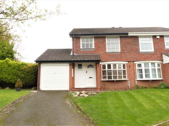 3 Bedrooms Semi Detached House for sale in Firbarn Close,Sutton Coldfield,West Midlands