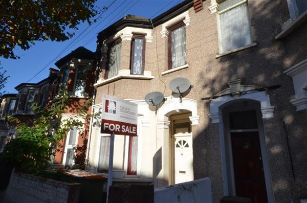 2 Bedrooms Apartment Flat for sale in Caledon Road, East Ham