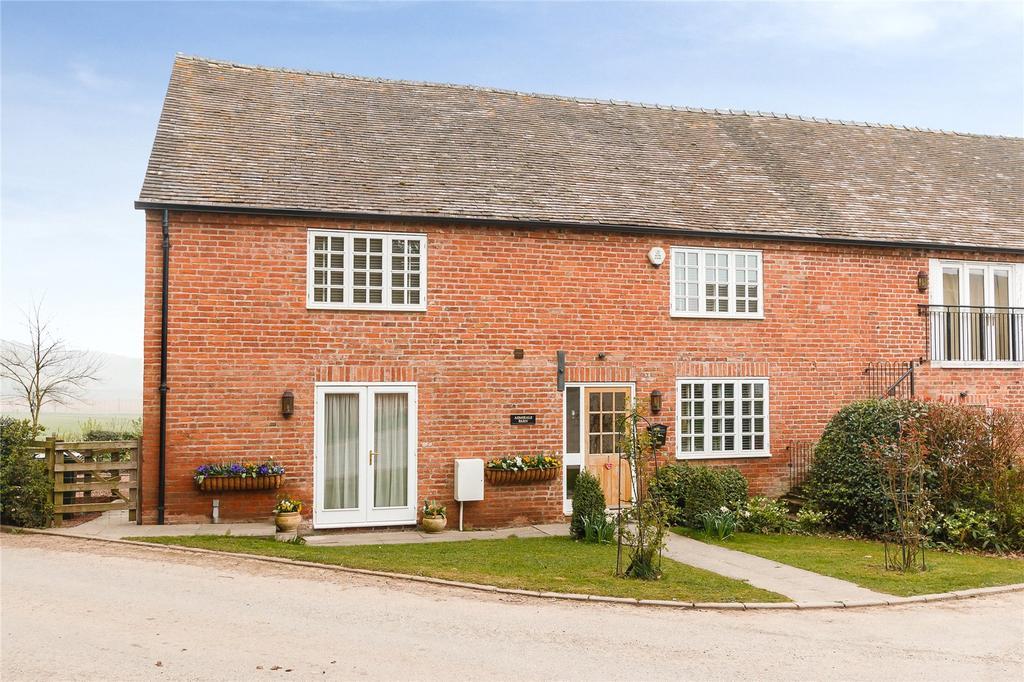 4 Bedrooms Barn Conversion Character Property for sale in Newnham Court, Newnham Bridge, Tenbury Wells, Worcestershire