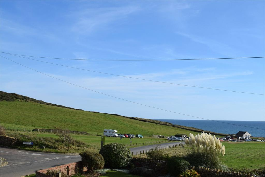 4 Bedrooms Detached House for sale in Beach Road, Burton Bradstock, Bridport, Dorset