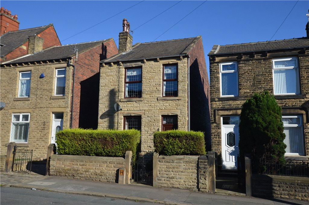 3 Bedrooms Detached House for sale in Station Road, Ossett, West Yorkshire
