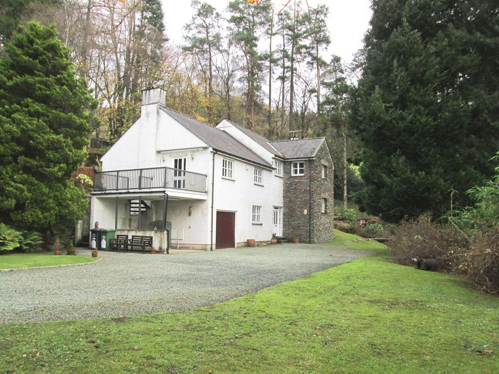4 Bedrooms Detached House for sale in Ellerside, Ellerigg Road, Ambleside LA22 9EU