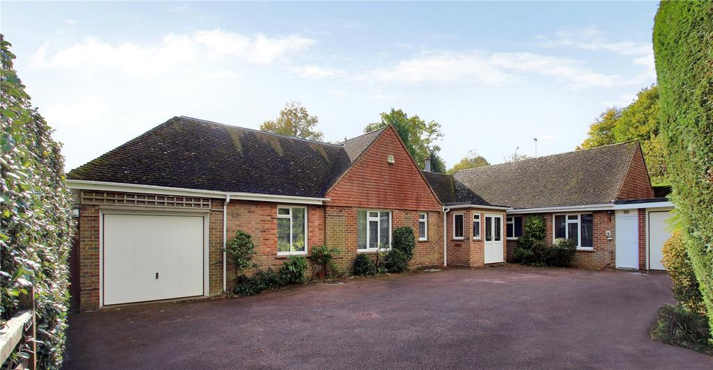 4 Bedrooms Detached Bungalow for sale in Waverley Drive, Tunbridge Wells, Kent, TN2