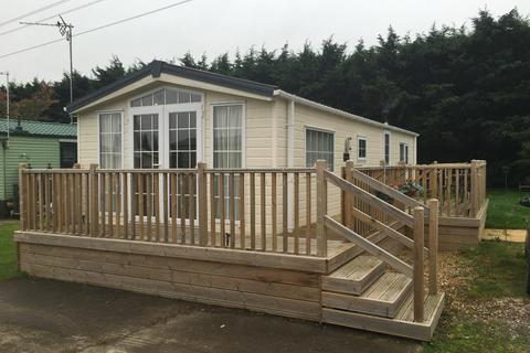 2 bedroom detached house for sale - Woodpecker Drive, Billing Aquadrome, Gt Billing, NN3 9DA