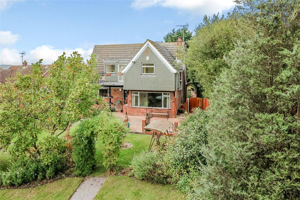 4 Bedrooms Detached House for sale in Lady Lane, Hadleigh, Ipswich, Suffolk, IP7