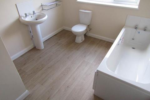 2 bedroom house to rent - Llangyfelach Road, Treboeth, Swansea