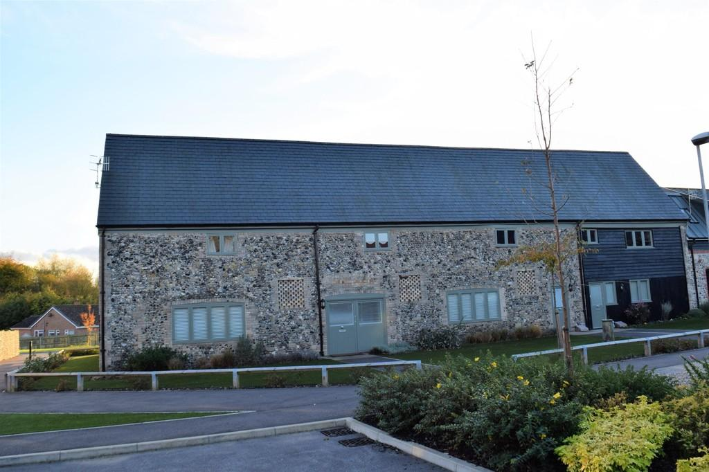 2 Bedrooms Ground Maisonette Flat for sale in Abbey Barns Court, Thetford