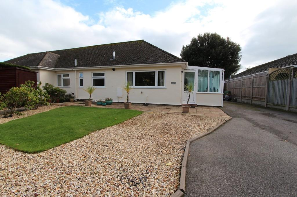 3 Bedrooms Semi Detached Bungalow for sale in FRIARS CLIFF