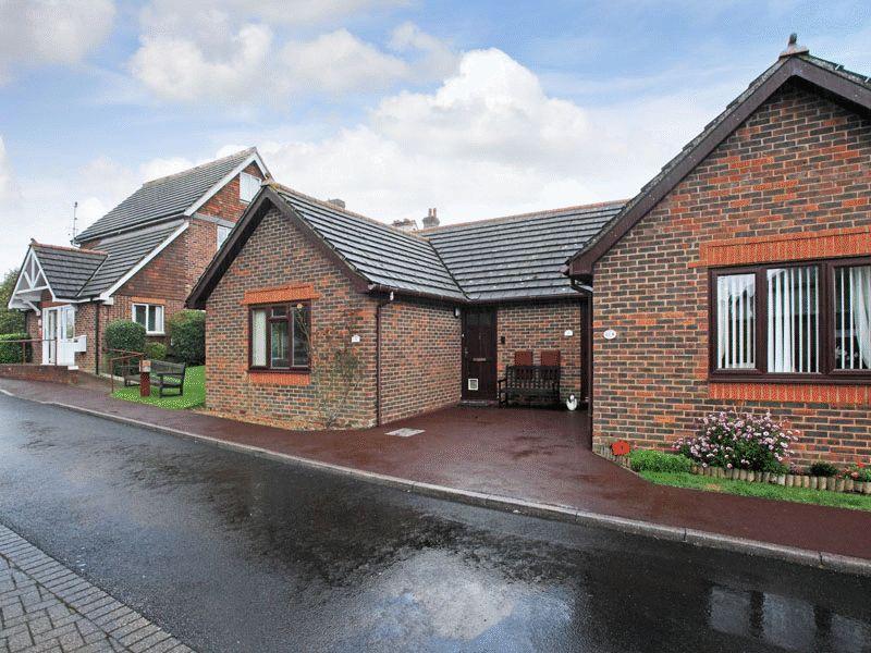 1 Bedroom Semi Detached House for sale in Alexandra Road, Heathfield, East Sussex