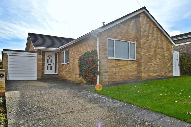 3 Bedrooms Detached Bungalow for sale in Clematis Close, Branston