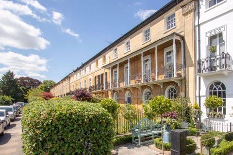 Studio to rent - Rutland Terrace, Stamford