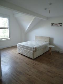 3 bedroom property to rent - Croxteth Road, Liverpool