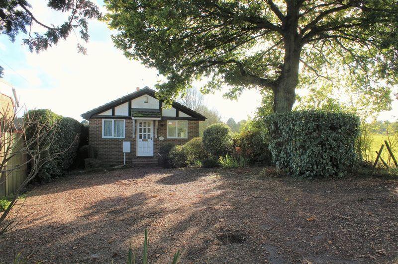 2 Bedrooms Detached Bungalow for sale in Horsmonden