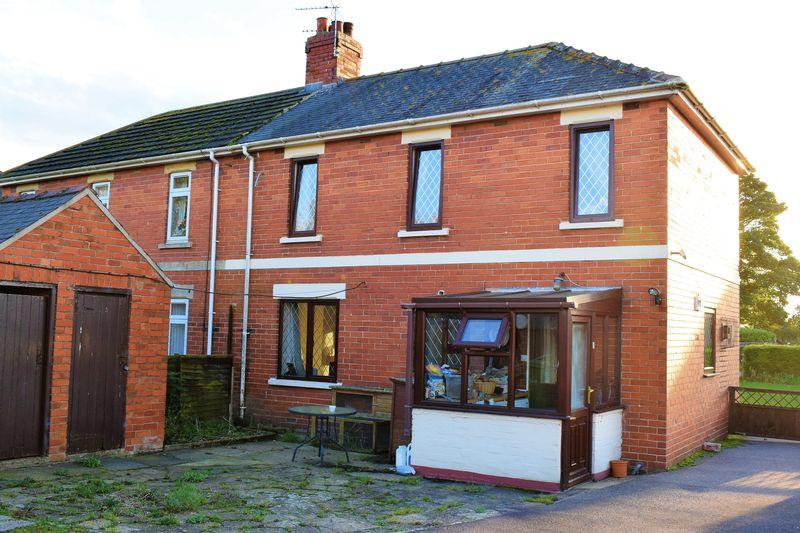 3 Bedrooms Semi Detached House for sale in Common Road, Waddingham