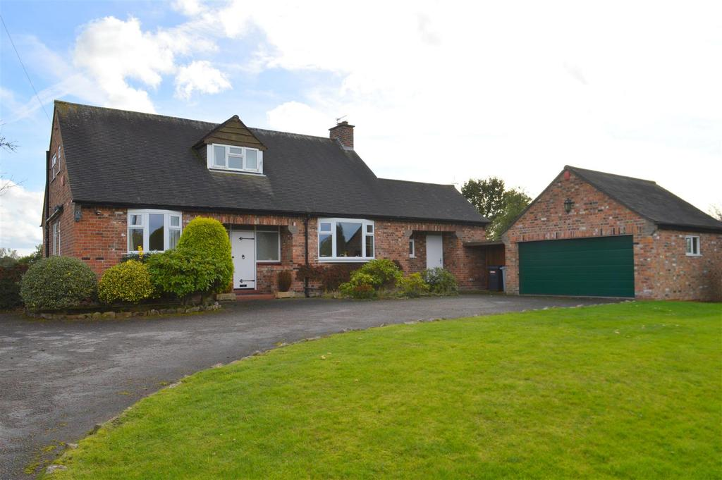 3 Bedrooms Detached Bungalow for sale in Salters Lane, Lower Withington