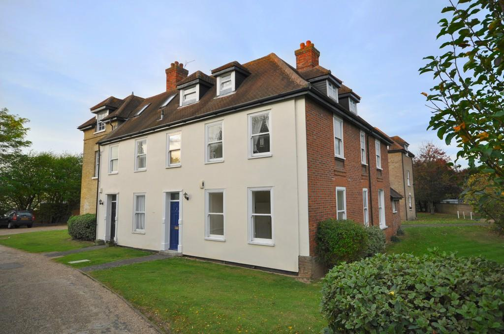 1 Bedroom Ground Maisonette Flat for sale in Station Road, Marks Tey, CO6 1EE