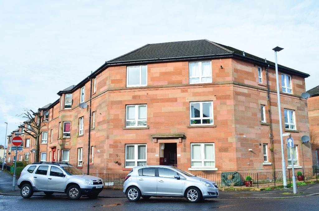 2 Bedrooms Flat for sale in Earl Street, Flat 2/2, Scotstounhill, Glagsow, G14 0BY