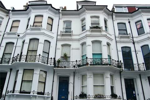 2 bedroom flat to rent - St Michaels Place, BRIGHTON, BN1