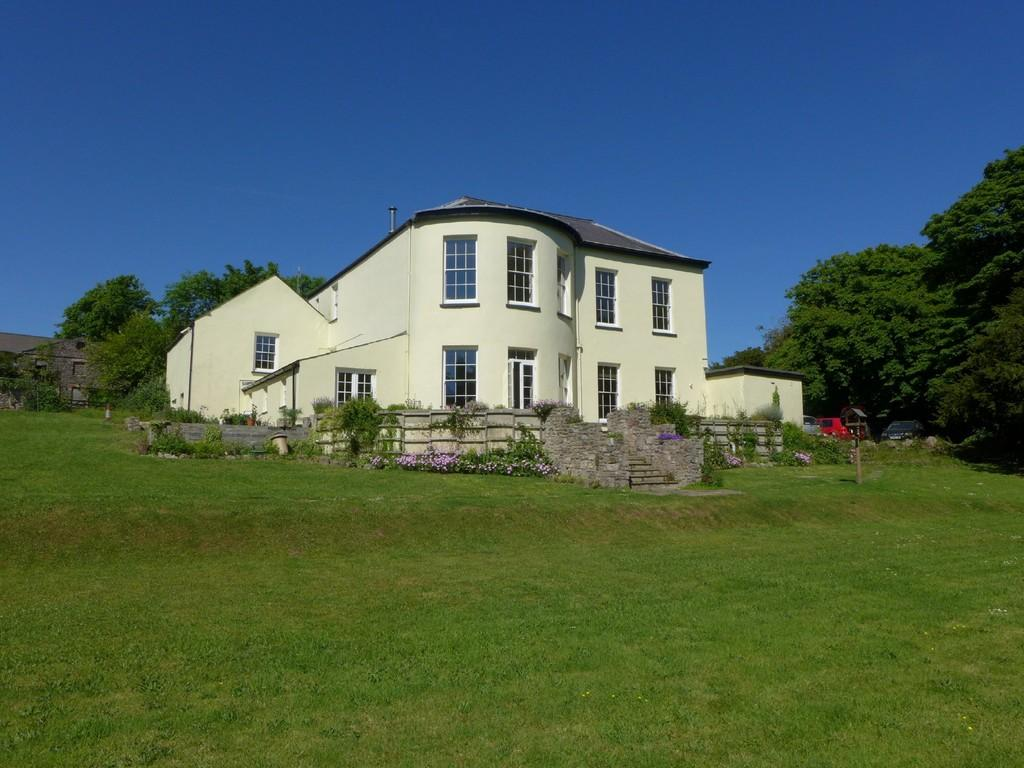 12 Bedrooms Manor House Character Property for sale in Pembroke, Pembrokeshire