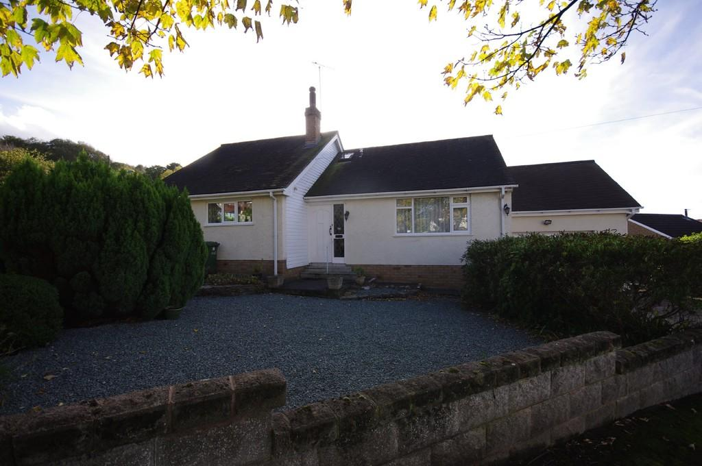 4 Bedrooms Detached Bungalow for sale in West Avenue, Prestatyn