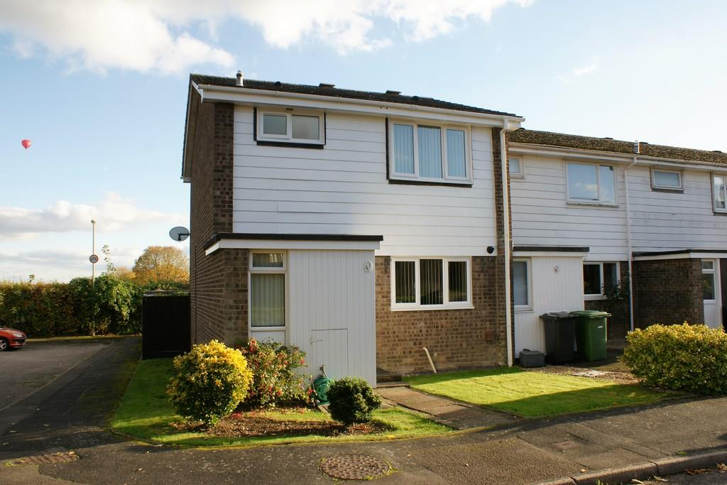 3 Bedrooms End Of Terrace House for sale in Widgeons, ALTON, Hampshire