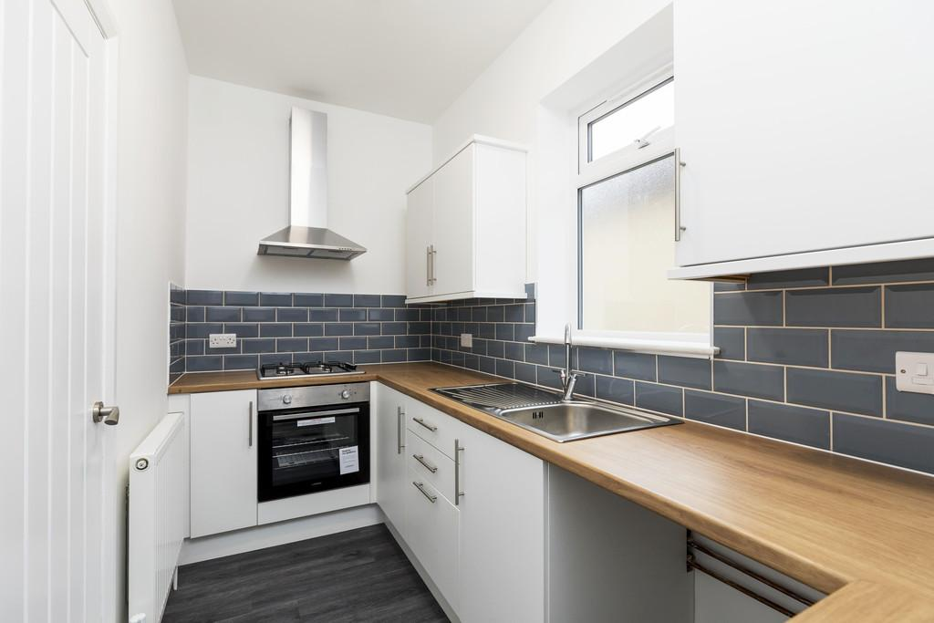 2 Bedrooms Apartment Flat for sale in Angerstein Road, Portsmouth