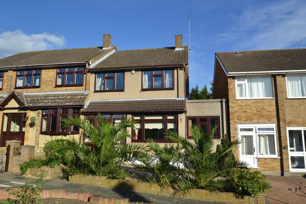 3 Bedrooms End Of Terrace House for sale in Longview Way, Collier Row