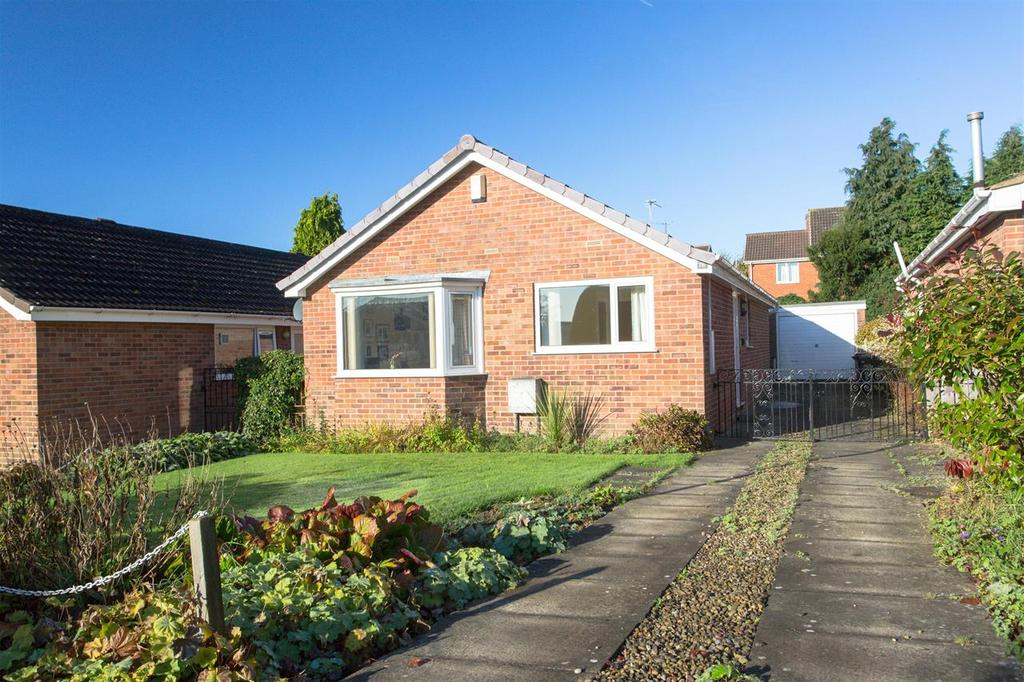 3 Bedrooms Bungalow for sale in Littledale, Pickering