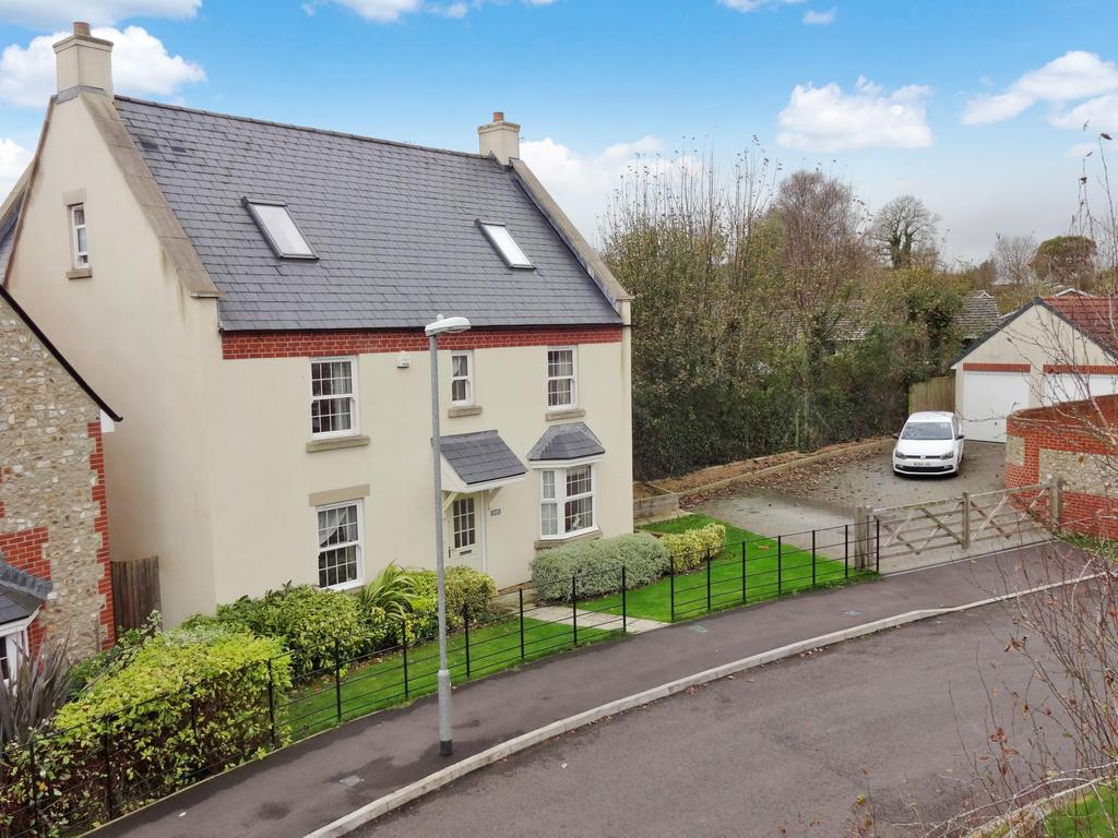 6 Bedrooms Detached House for sale in Barn Close, Churchinford