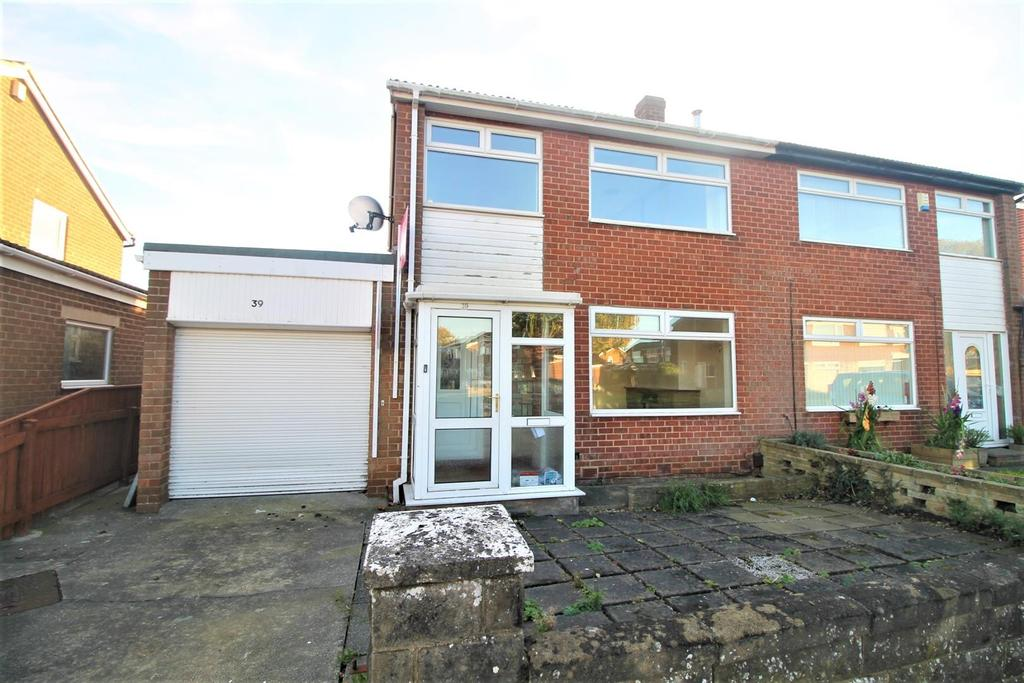 3 Bedrooms Semi Detached House for sale in Lockton Crescent, Thornaby, Stockton-On-Tees