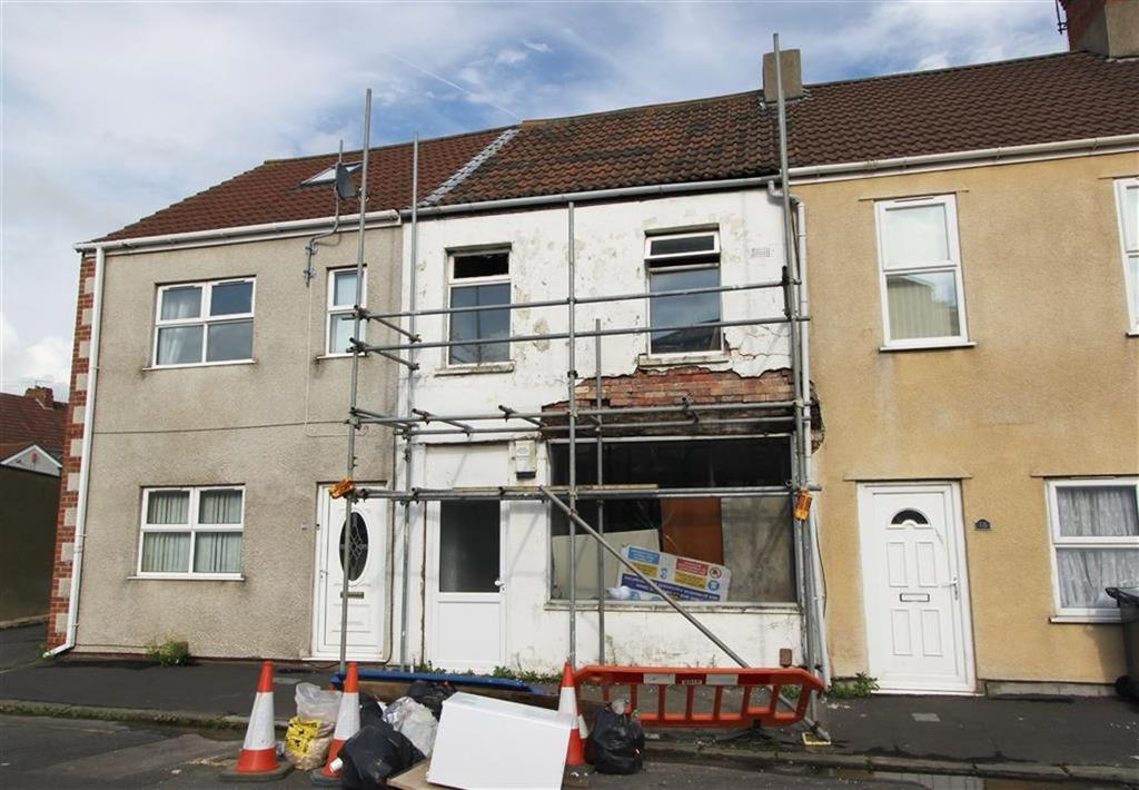 3 Bedrooms Terraced House for sale in Clayton Street, Avonmouth, Bristol