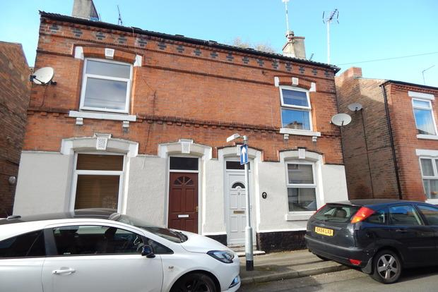 3 Bedrooms Semi Detached House for sale in Worth Street, Carlton, Nottingham, NG4