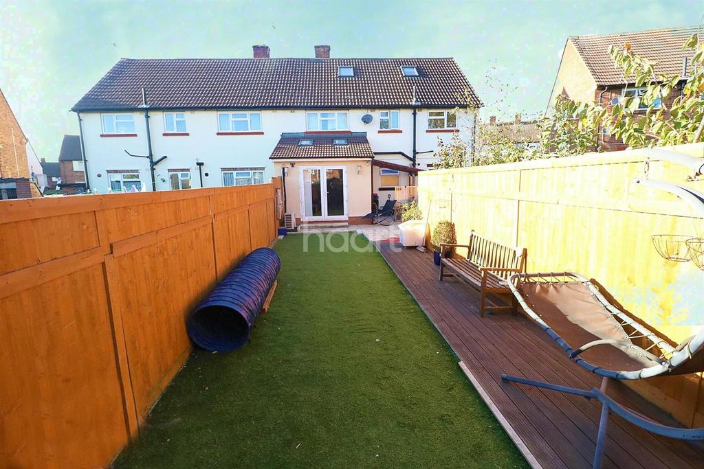 2 Bedrooms Maisonette Flat for sale in Thirlmere Ave