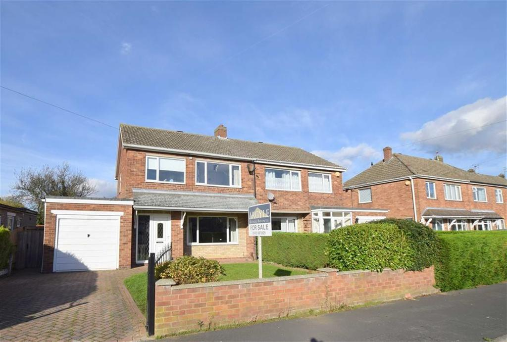 3 Bedrooms Semi Detached House for sale in Rutland Drive, Grimsby, North East Lincolnshire