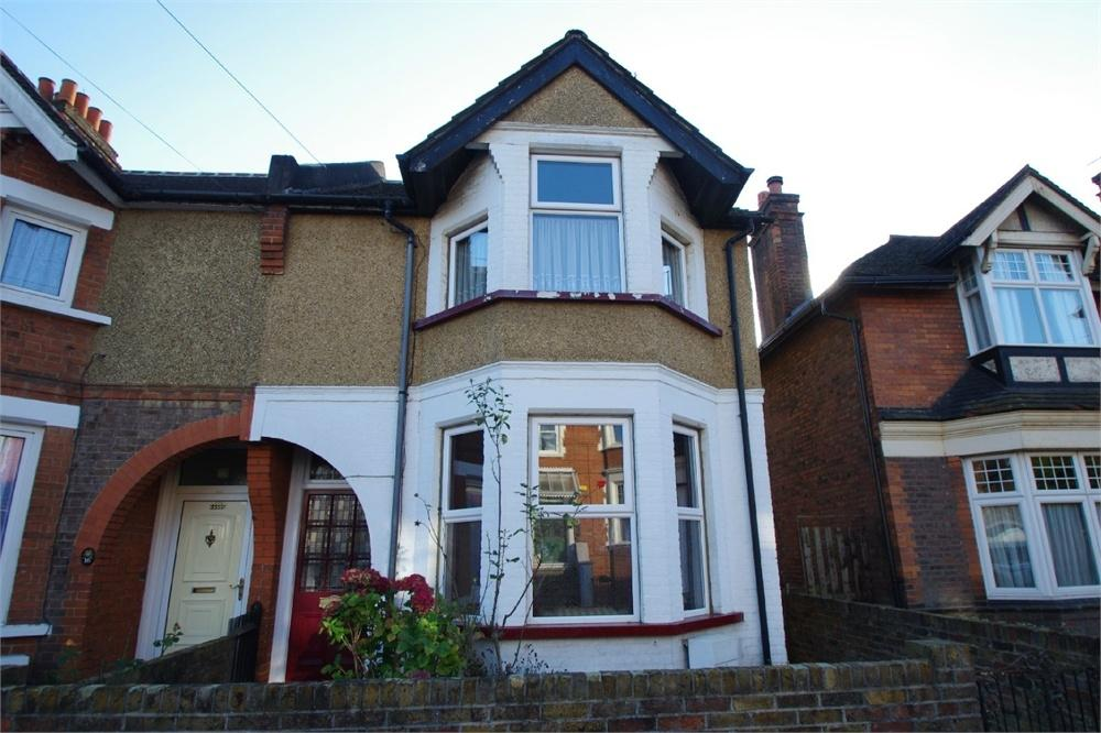 3 Bedrooms Detached House for sale in Wellington Road, WATFORD, Hertfordshire
