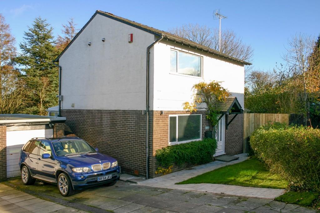4 Bedrooms Detached House for sale in Hallfield, Ulverston