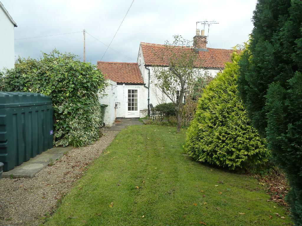 2 Bedrooms Cottage House for sale in Harby