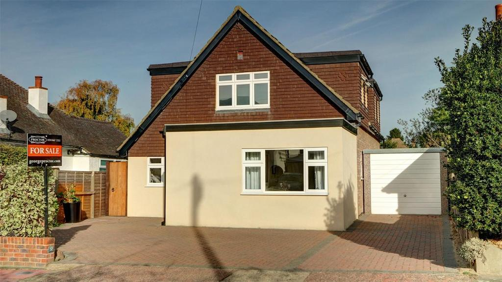 4 Bedrooms Detached House for sale in Mayfield Road, Bickley, Bromley, Kent